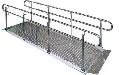 Стационарный пандус для инвалидных колясок Простой для крыльца высотой до 21см с настилом из алюминия, поручнями из нержавеющей стали - фото 11235