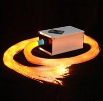 Пучок фибероптических волокон в оболочке 100 шт с источником света