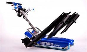 Мобильный лестничный подъемник для инвалидов на колясках LG 2004 с рампой