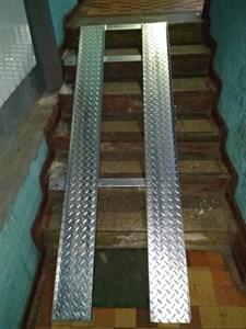 Пандус алюминиевый откидной, нескладной, длиной до 3м